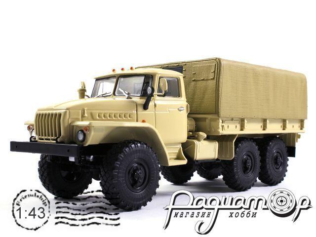 УРАЛ-4320 бортовой, с тентом (1977) 101012-W
