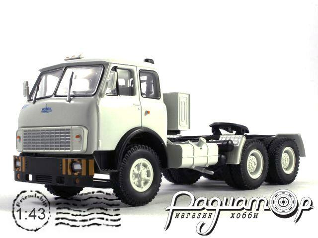 МАЗ-515Б седельный тягач (1977) H702-W