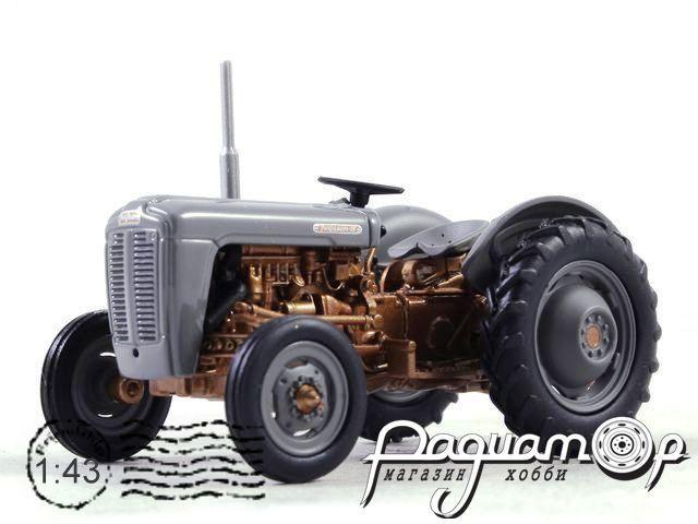 Трактор Massey Fergusson FE35 (1956) UH021