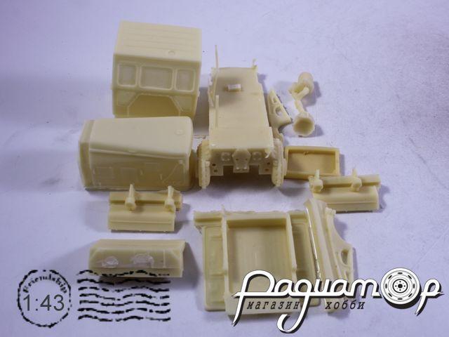 Сборная модель Тросовый бульдозер ДЗ-53(Т-100М) (1949) T007