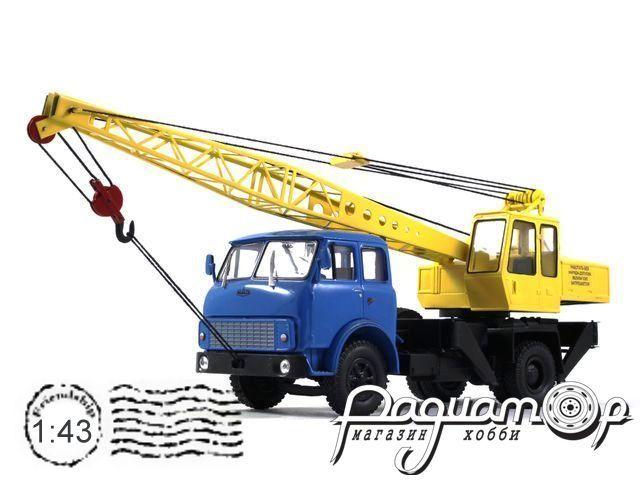 Автокран СМК-101 на базе МАЗ-504 (1977) 161122