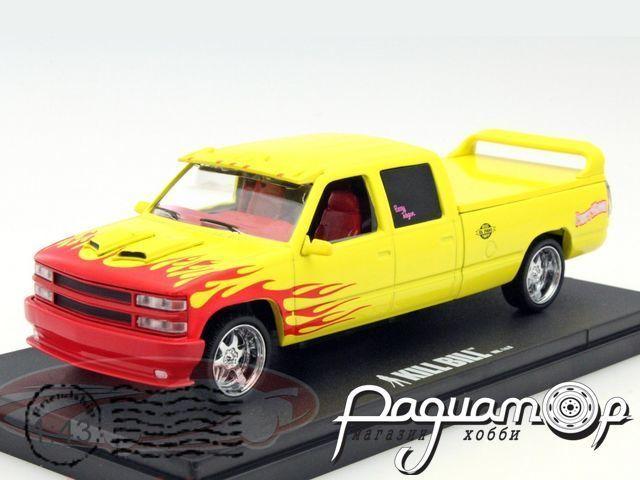 Chevrolet C-2500 Silverado Pussy Wagon из к/ф