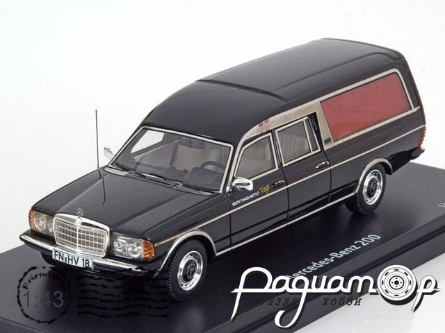 Mercedes-Benz 200 W123 Hearse (1976) 08907