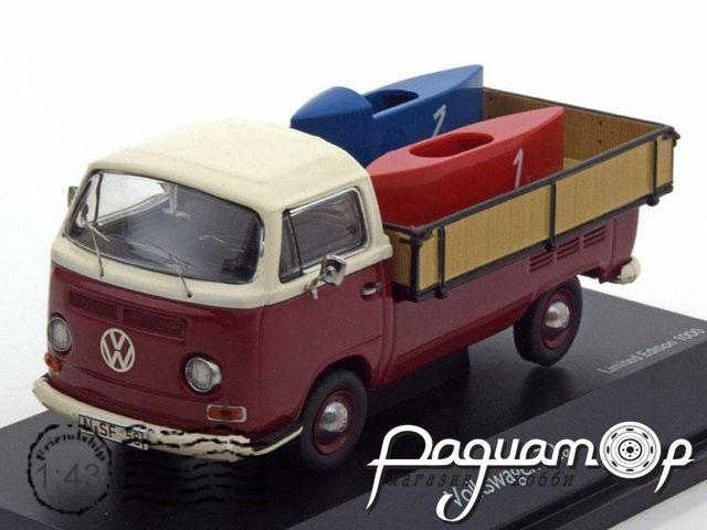 Volkswagen T2a Pritsche mit 2 Seifenkisten (1970) 03338