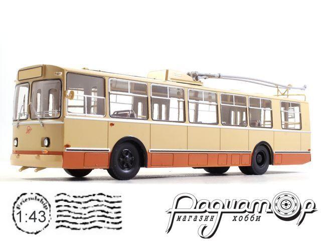Троллейбус ЗИУ-9 (1982) SSM4001