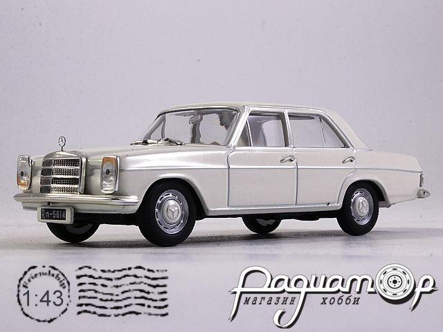 Mercedes-Benz 220 W115