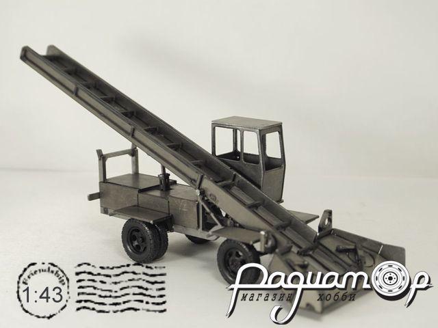 Набор для сборки Снегопогрузчик лаповый КО-206 MM2064