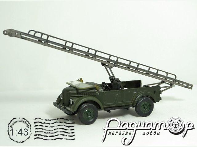 Набор для сборки Автотранспортер АТ-2 на шасси ГАЗ-69 MM2066