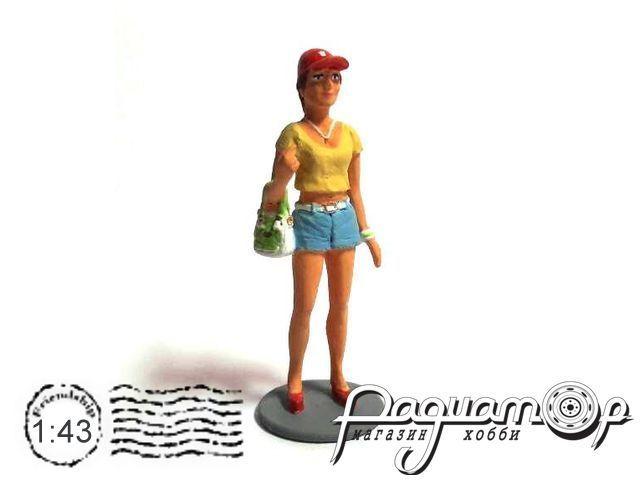 Девушка в бейсболке с сумочкой AU014
