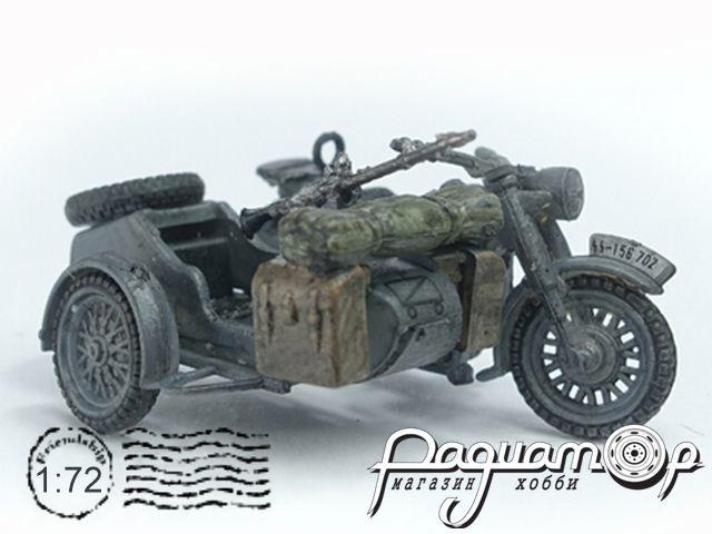 Набор элементов обороны + 2 мотоцикла BMW R75 P0306