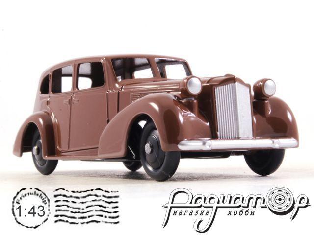 Packard 8 Sedan (1939) 39A