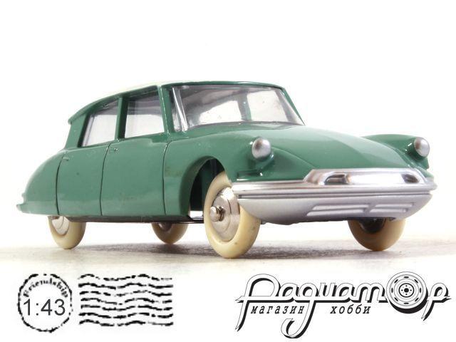 Citroen DS19 (1958) 24CP