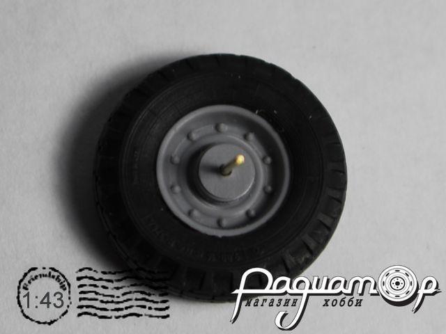 Колесо (шина+диск) для сельскохозяйственного прицепа BK014