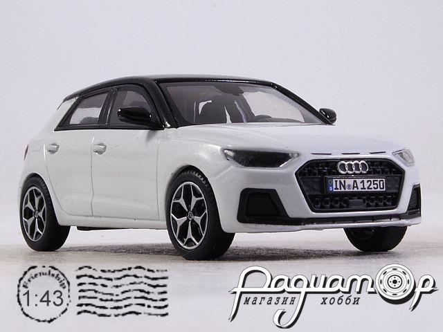 Audi A1 (2018) 5011801031