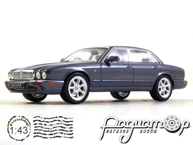 Jaguar XJ8 (X308) (1998) CLC289N