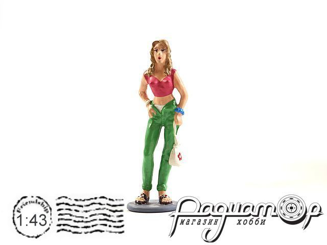 Девушка в зеленых штанах AU146