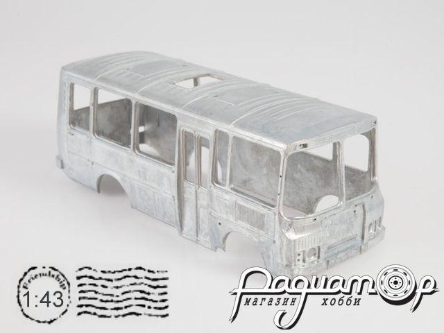 Сборная модель ПАЗ-3205 пригородный 4040AVD (ZU)