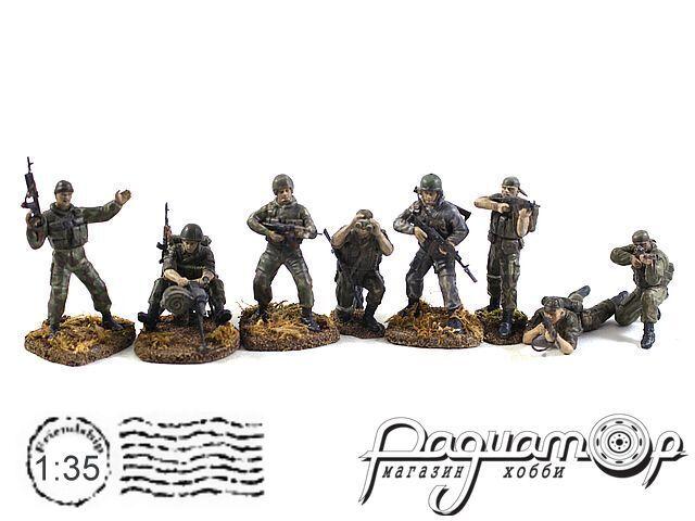 Набор фигурок Спецназ (8шт) ZVE3561-3570