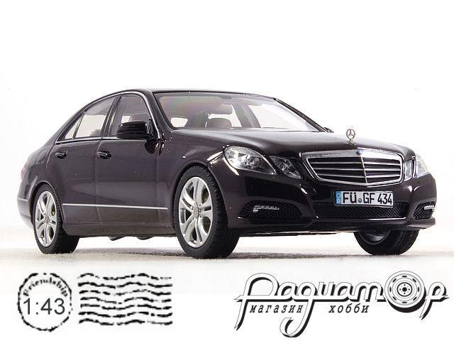 Mercedes-Benz E-Klasse Limousine Avantgarde (2009) 450732400 (TI)
