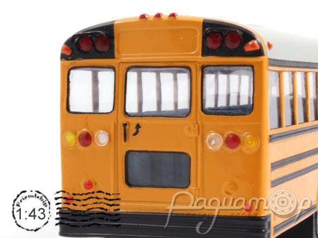 Freightliner школьный автобус (2000) 12-5-1