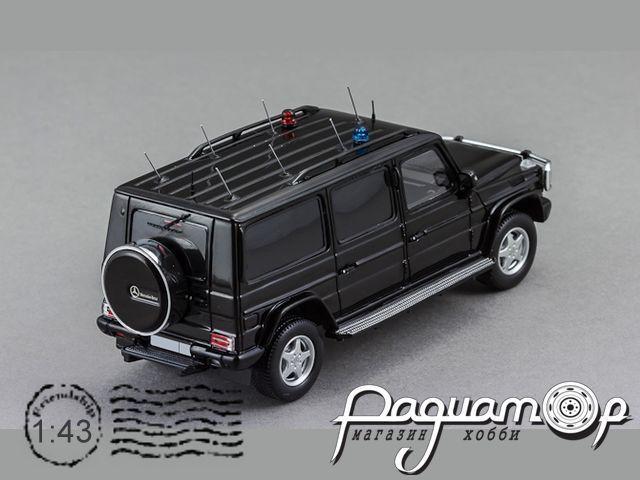 Mercedes-Benz G55 XXL с запасным колесом (
