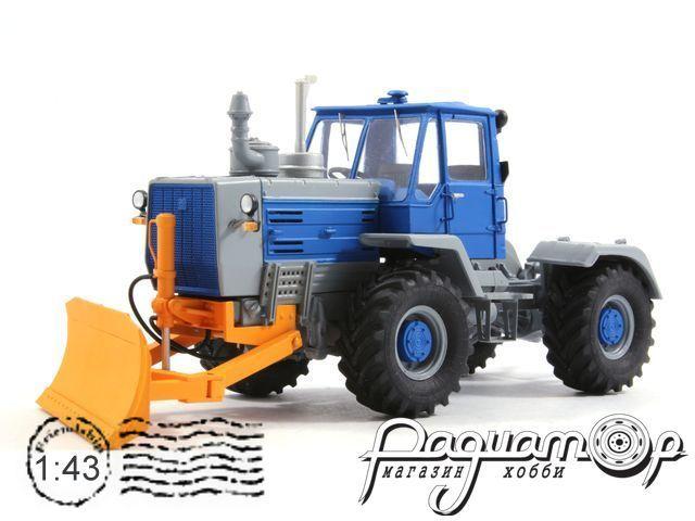 Т-150К с лопатой (1980) RTM014