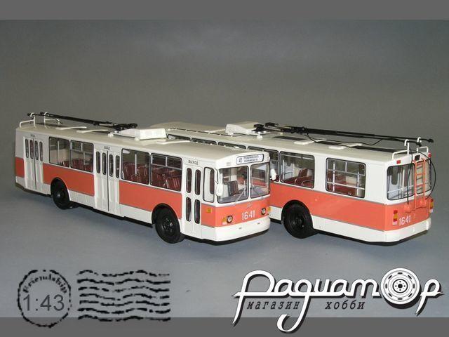 Троллейбус ЗИУ-682 В00 (ровный пол) (1985) W1-38