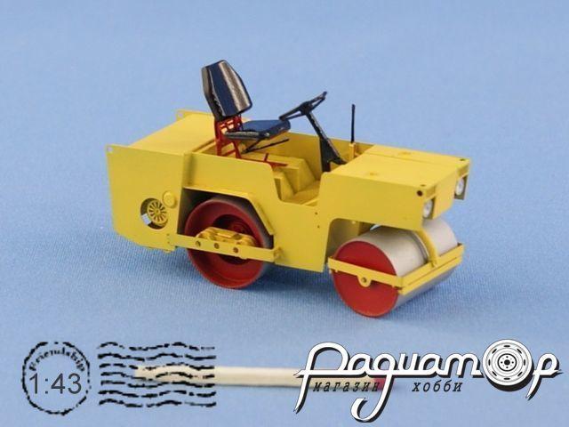 Сборная модель Дорожный каток ДУ-54 (1970) NSK43028