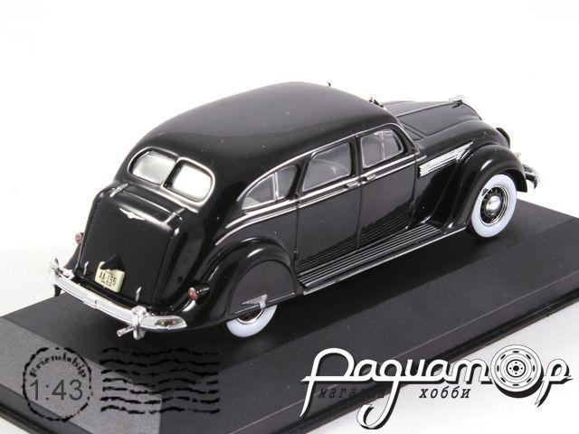 Chrysler Airflow Sedan (1936) WB060